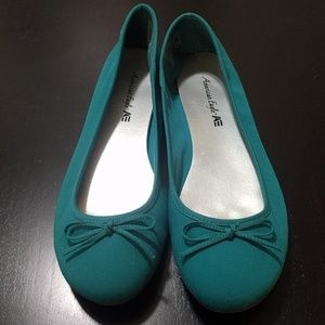 3 for $12 - teal flats sz 9